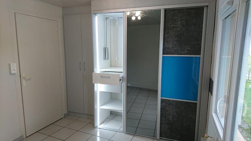 placard dressing chambre chambre coucher lit armoire ou dressing pour enfant ou ado with. Black Bedroom Furniture Sets. Home Design Ideas